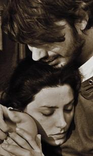FOTO SANTI MARÍN Y BÁRBARA LENNIE SEPIA